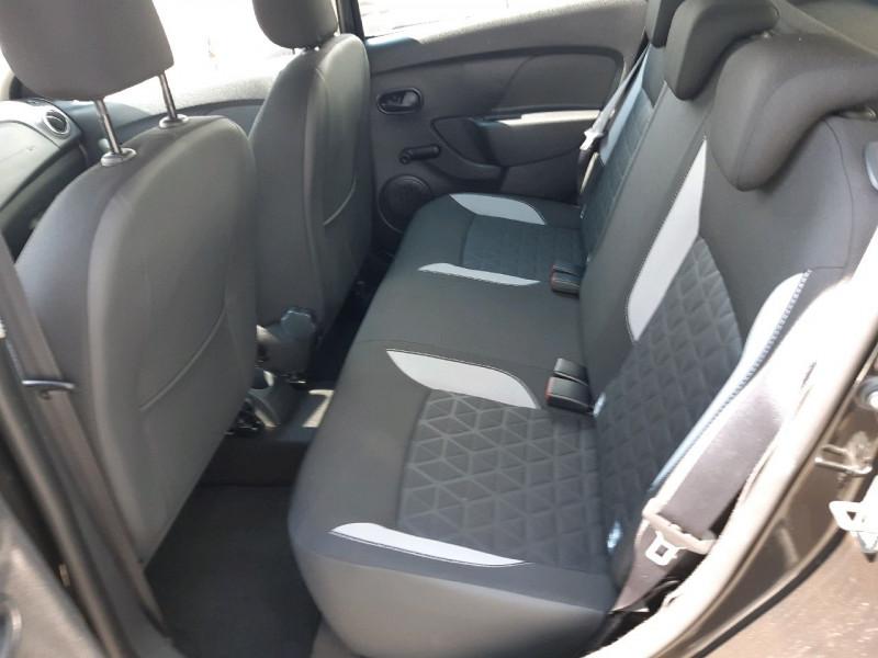 Photo 8 de l'offre de DACIA SANDERO 0.9 TCE 90CH STEPWAY PRESTIGE à 8490€ chez Carlyss automobiles Vitré