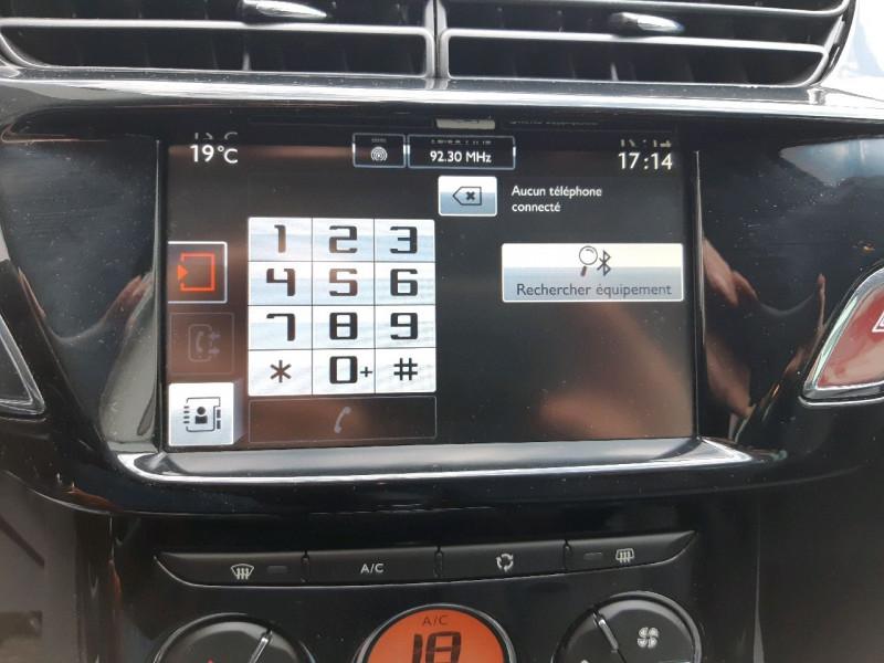 Photo 12 de l'offre de CITROEN C3 BLUEHDI 100 EXCLUSIVE S&S à 10290€ chez Carlyss automobiles Vitré