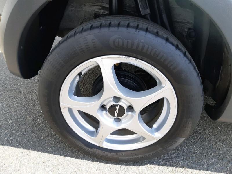 Photo 4 de l'offre de DACIA SANDERO 0.9 TCE 90CH STEPWAY PRESTIGE à 8490€ chez Carlyss automobiles Vitré