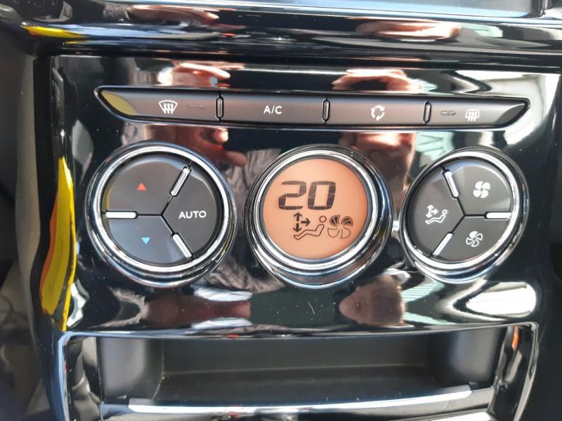 Photo 9 de l'offre de CITROEN C3 BLUEHDI 100 EXCLUSIVE S&S à 9990€ chez Carlyss automobiles Vitré