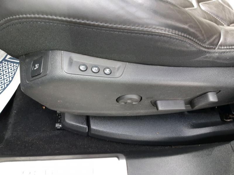 Photo 9 de l'offre de PEUGEOT 3008 2.0 BLUEHDI 180CH GT S&S EAT6 à 22490€ chez Carlyss automobiles Vitré