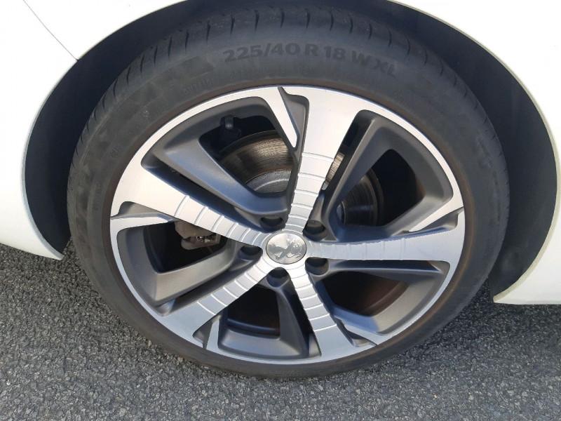 Photo 4 de l'offre de PEUGEOT 308 SW 2.0 BLUEHDI 180CH GT S&S EAT6 à 14790€ chez Carlyss automobiles Vitré