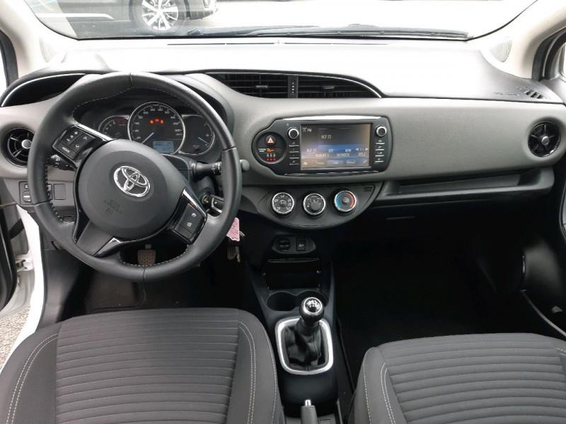 Photo 8 de l'offre de TOYOTA YARIS 69 VVT-I FRANCE 5P à 9490€ chez Carlyss automobiles Vitré
