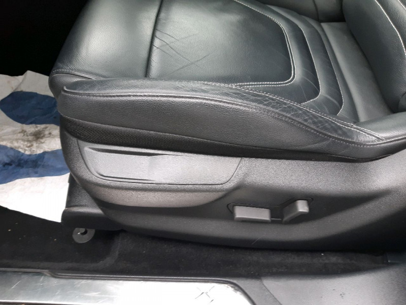 Photo 8 de l'offre de DS DS 5 BLUEHDI 150CH EXECUTIVE S&S à 19990€ chez Carlyss automobiles Vitré