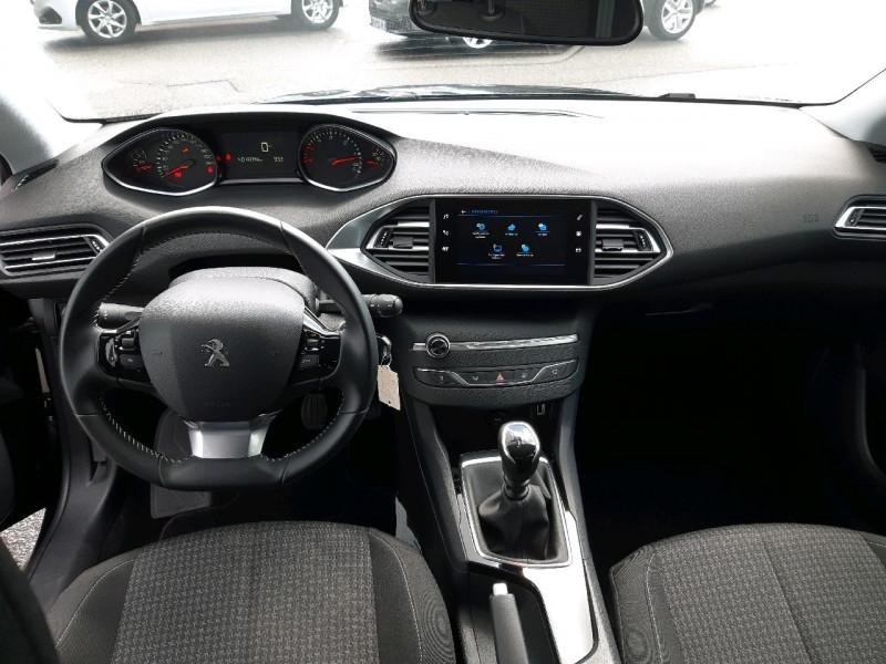 Photo 6 de l'offre de PEUGEOT 308 1.5 BLUEHDI 130CH S&S ACTIVE à 17290€ chez Carlyss automobiles Vitré