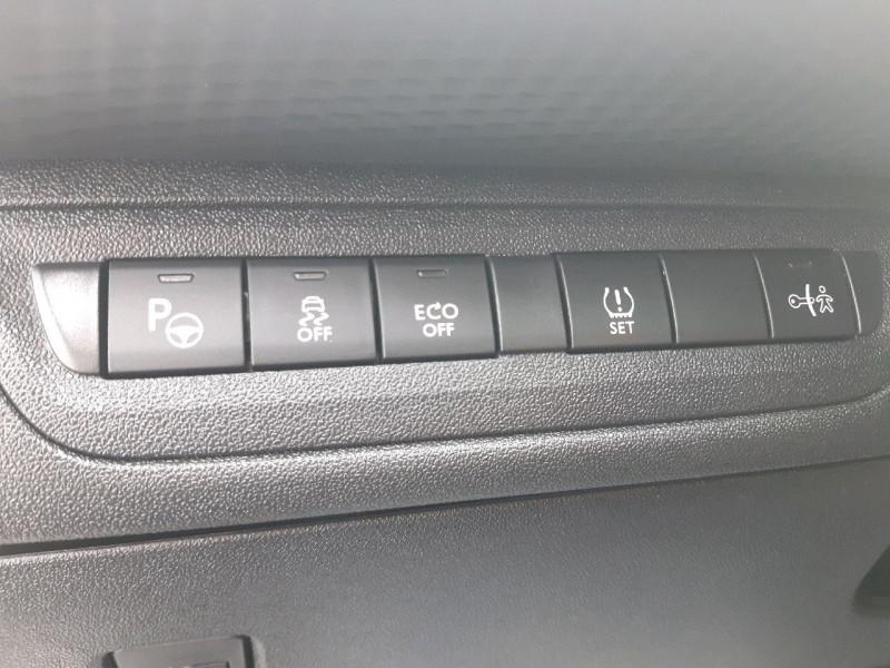 Photo 13 de l'offre de PEUGEOT 2008 1.6 E-HDI115 FAP ALLURE à 10990€ chez Carlyss automobiles Vitré