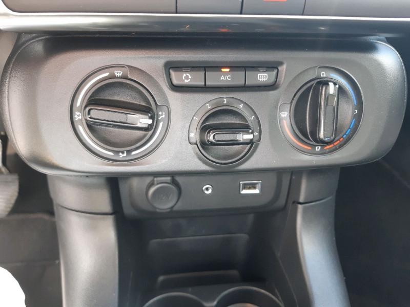 Photo 11 de l'offre de CITROEN C3 PURETECH 82CH FEEL à 10990€ chez Carlyss automobiles Vitré
