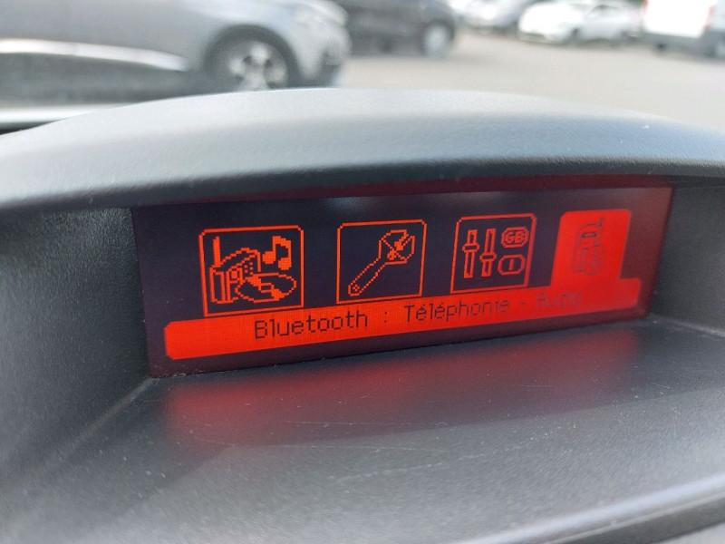 Photo 12 de l'offre de PEUGEOT PARTNER TEPEE 1.6 BLUEHDI 100CH ACTIVE à 10490€ chez Carlyss automobiles Vitré