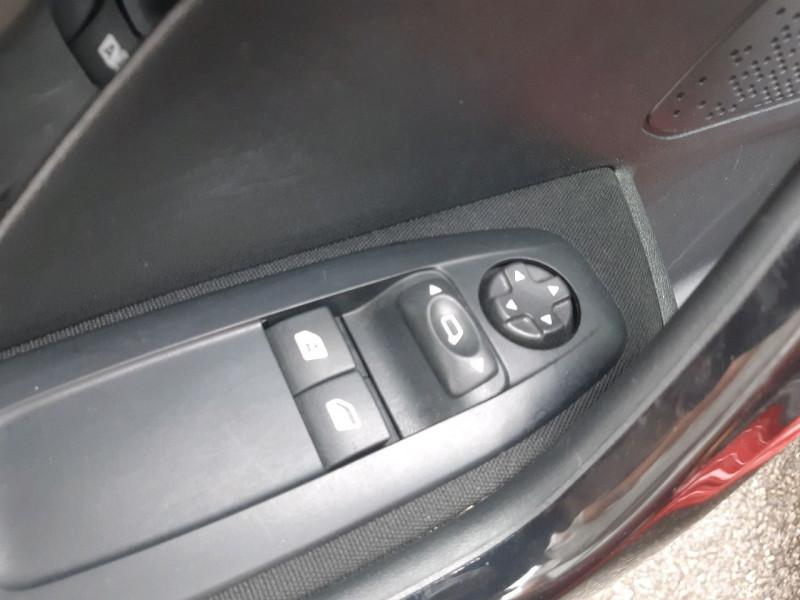Photo 7 de l'offre de PEUGEOT 208 1.2 PURETECH 82CH ACTIVE 5P à 9290€ chez Carlyss automobiles Vitré