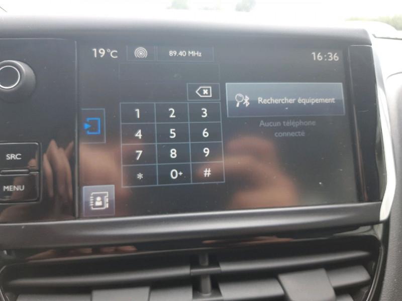 Photo 12 de l'offre de PEUGEOT 208 1.2 PURETECH 82CH ACTIVE 5P à 9290€ chez Carlyss automobiles Vitré