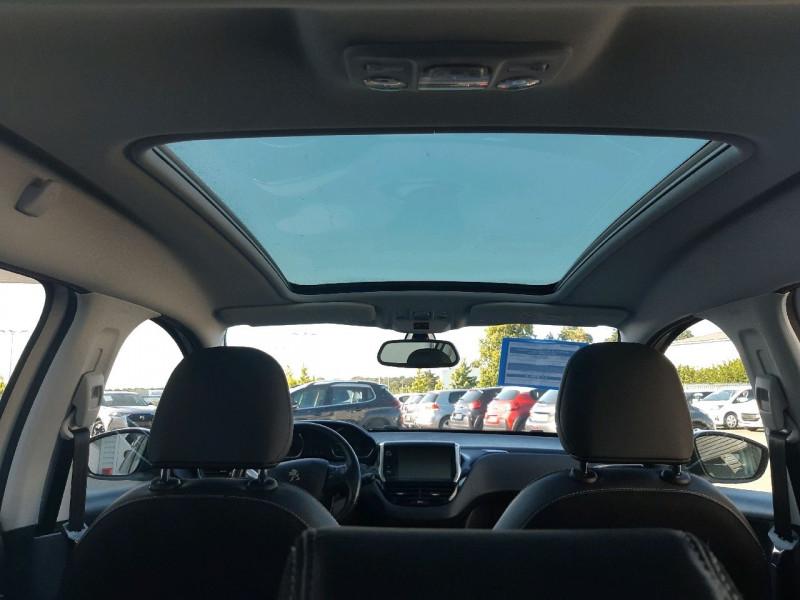 Photo 6 de l'offre de PEUGEOT 2008 1.6 BLUEHDI 120CH ALLURE S&S à 11990€ chez Carlyss automobiles Vitré