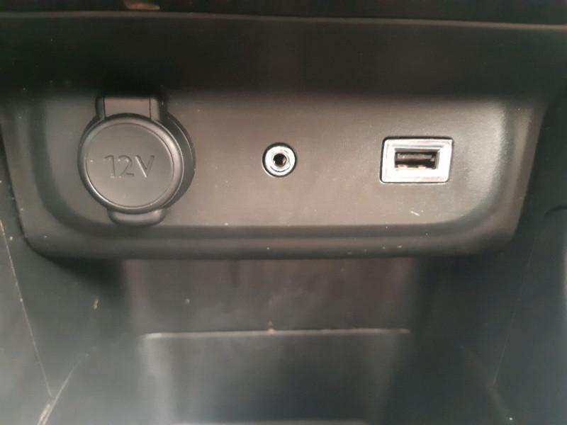 Photo 17 de l'offre de CITROEN C3 BLUEHDI 100CH FEEL BUSINESS S&S à 10790€ chez Carlyss automobiles Vitré
