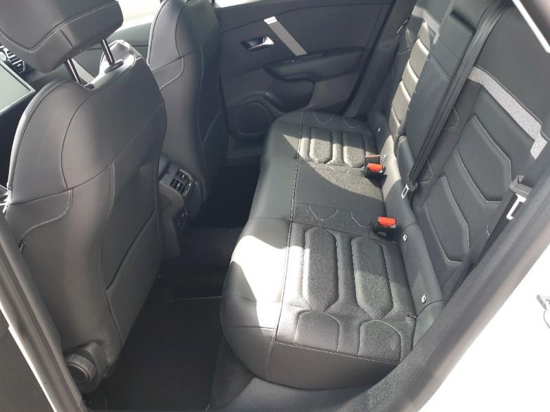 Photo 10 de l'offre de CITROEN C4 PURETECH 130CH S&S SHINE PACK EAT8 à 27990€ chez Carlyss automobiles Vitré