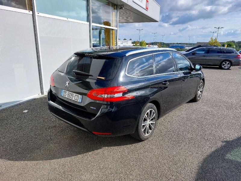 Photo 3 de l'offre de PEUGEOT 308 SW 2.0 BLUEHDI FAP 150CH ALLURE EAT6 à 9490€ chez Carlyss automobiles Vitré
