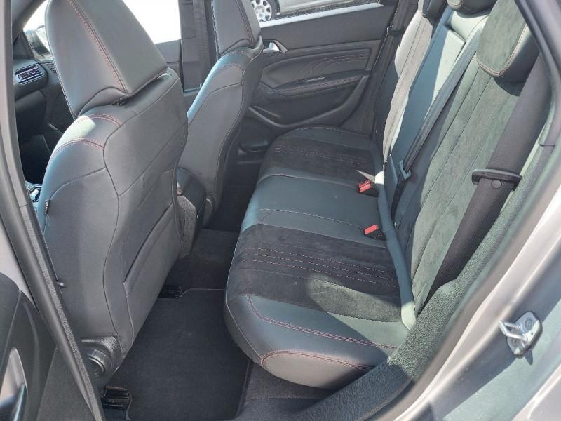 Photo 12 de l'offre de PEUGEOT 308 SW 2.0 BLUEHDI 180CH S&S GT EAT8 à 15990€ chez Carlyss automobiles Vitré