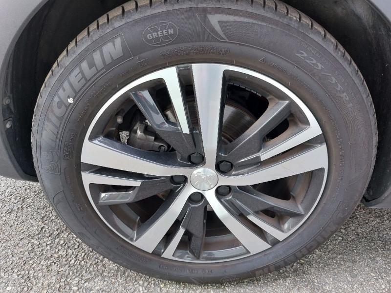 Photo 6 de l'offre de PEUGEOT 3008 2.0 BLUEHDI 180CH S&S GT EAT8 à 26990€ chez Carlyss automobiles Vitré