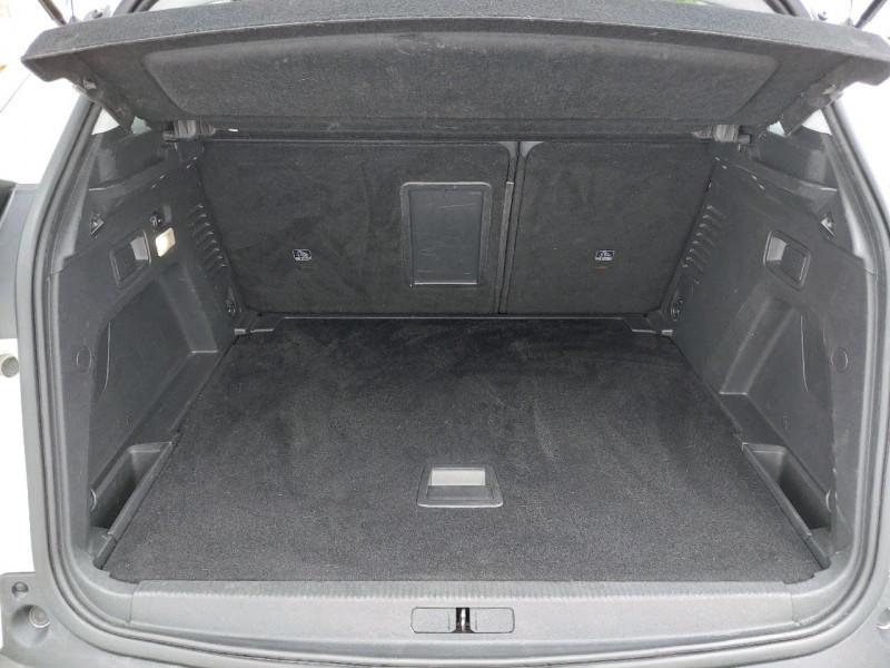 Photo 7 de l'offre de PEUGEOT 3008 1.6 BLUEHDI 120CH ALLURE S&S à 18490€ chez Carlyss automobiles Vitré