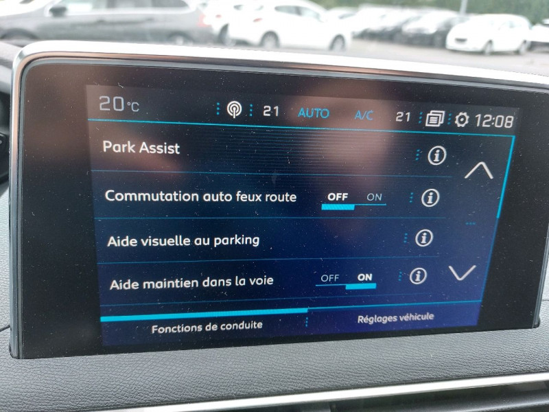 Photo 13 de l'offre de PEUGEOT 3008 2.0 BLUEHDI 180CH S&S GT EAT8 à 26990€ chez Carlyss automobiles Vitré