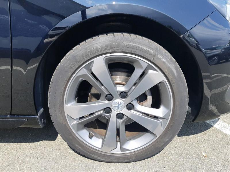 Photo 4 de l'offre de PEUGEOT 308 1.5 BLUEHDI 130CH S&S GT LINE à 17990€ chez Carlyss automobiles Vitré