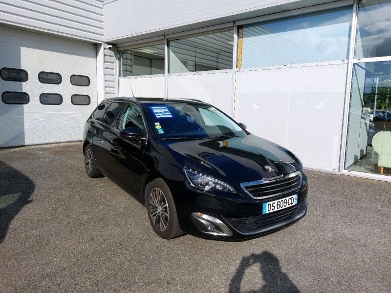 Photo 1 de l'offre de PEUGEOT 308 SW 2.0 BLUEHDI FAP 150CH ALLURE EAT6 à 9490€ chez Carlyss automobiles Vitré