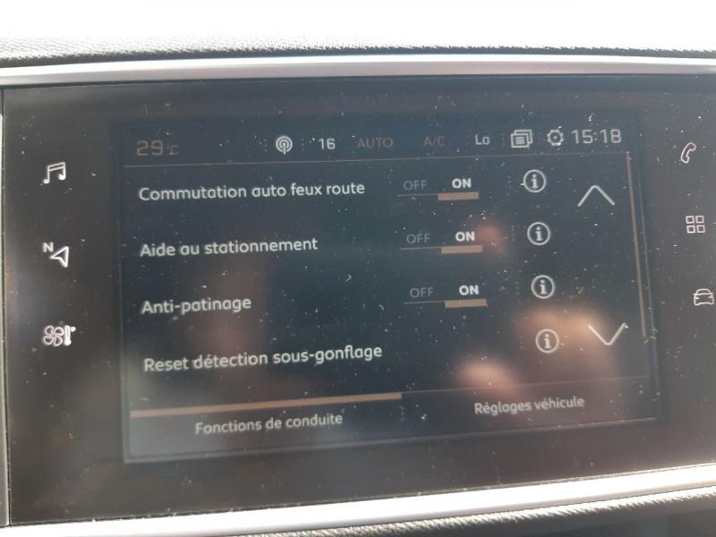 Photo 15 de l'offre de PEUGEOT 308 1.5 BLUEHDI 130CH S&S GT LINE à 17990€ chez Carlyss automobiles Vitré