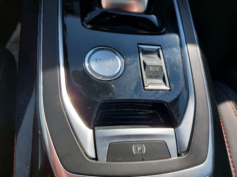 Photo 16 de l'offre de PEUGEOT 308 SW 2.0 BLUEHDI 180CH S&S GT EAT8 à 15990€ chez Carlyss automobiles Vitré