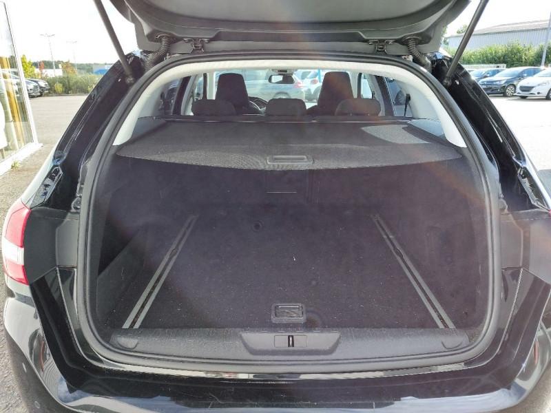 Photo 4 de l'offre de PEUGEOT 308 SW 2.0 BLUEHDI FAP 150CH ALLURE EAT6 à 9490€ chez Carlyss automobiles Vitré