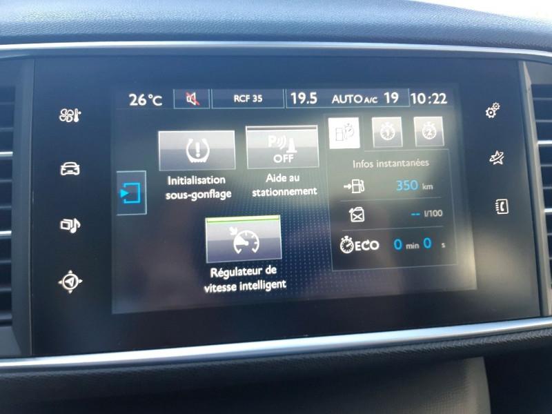 Photo 16 de l'offre de PEUGEOT 308 2.0 BLUEHDI 150CH ALLURE S&S 5P à 17390€ chez Carlyss automobiles Vitré