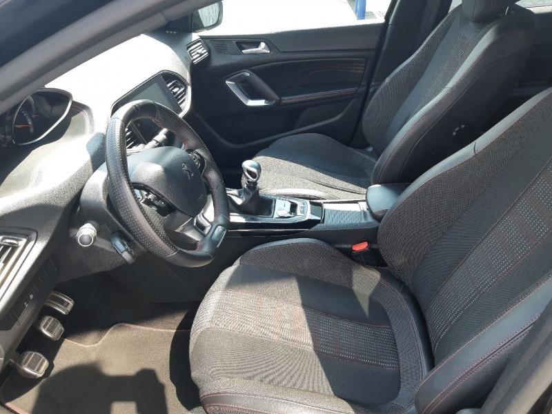 Photo 10 de l'offre de PEUGEOT 308 1.5 BLUEHDI 130CH S&S GT LINE à 17990€ chez Carlyss automobiles Vitré