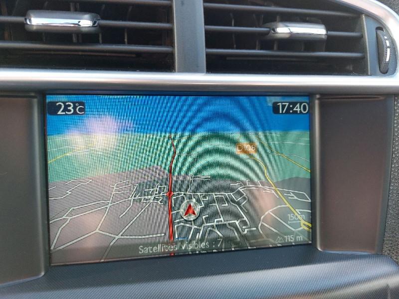 Photo 17 de l'offre de CITROEN DS4 1.6 E-HDI115 AIRDREAM EXECUTIVE à 8990€ chez Carlyss automobiles Vitré