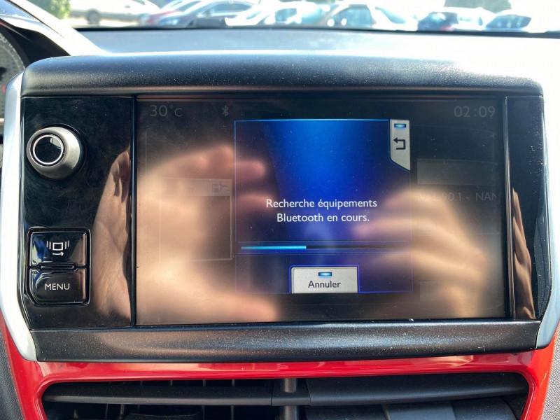 Photo 19 de l'offre de PEUGEOT 208 1.6 THP 200CH GTI 3P à 12990€ chez Carlyss automobiles Vitré