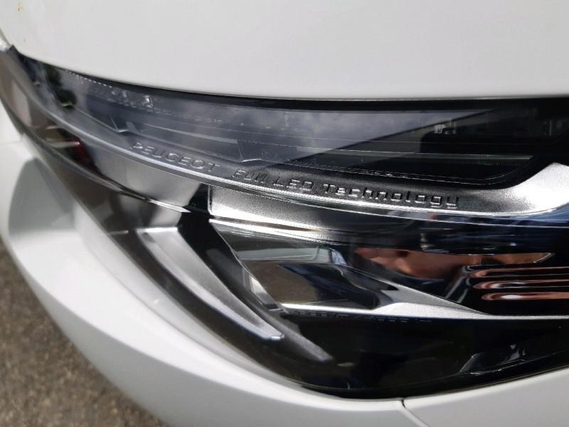 Photo 5 de l'offre de PEUGEOT 5008 2.0 BLUEHDI 180CH S&S GT LINE EAT8 à 25490€ chez Carlyss automobiles Vitré