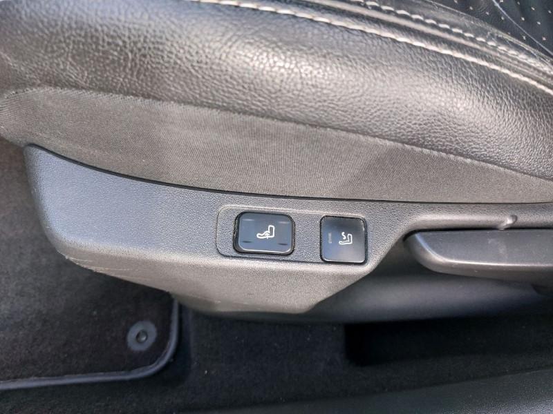 Photo 10 de l'offre de CITROEN DS4 1.6 E-HDI115 AIRDREAM EXECUTIVE à 8990€ chez Carlyss automobiles Vitré