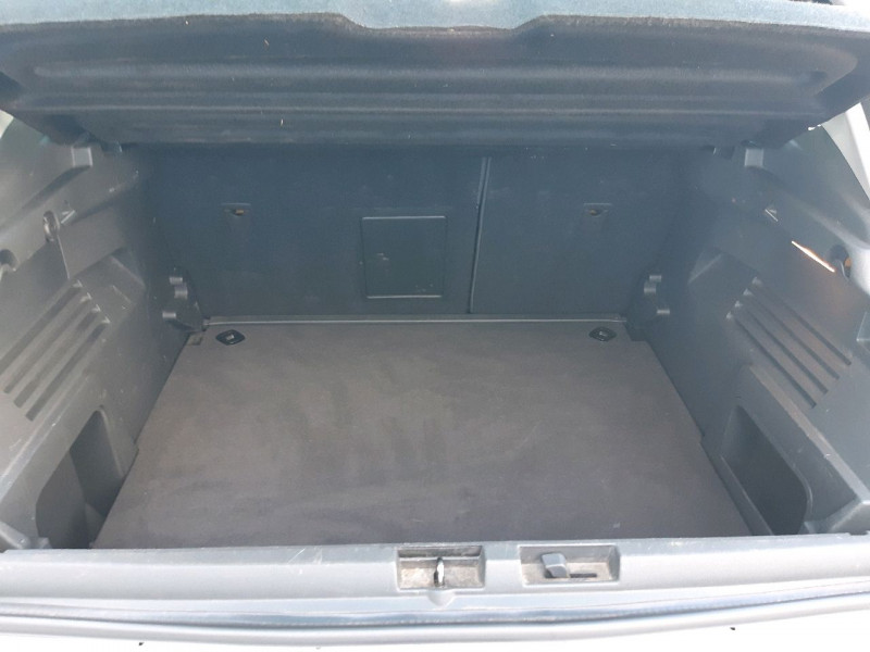 Photo 4 de l'offre de PEUGEOT 3008 1.6 BLUEHDI 120CH ALLURE S&S à 12390€ chez Carlyss automobiles Vitré
