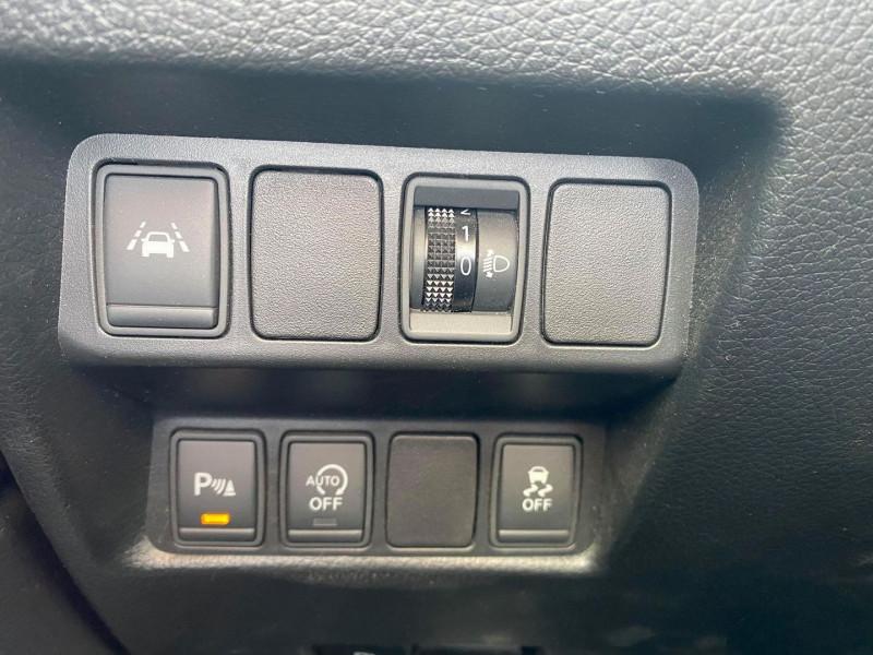 Photo 16 de l'offre de NISSAN QASHQAI 1.5 DCI 110CH CONNECT EDITION EURO6 à 12490€ chez Carlyss automobiles Vitré