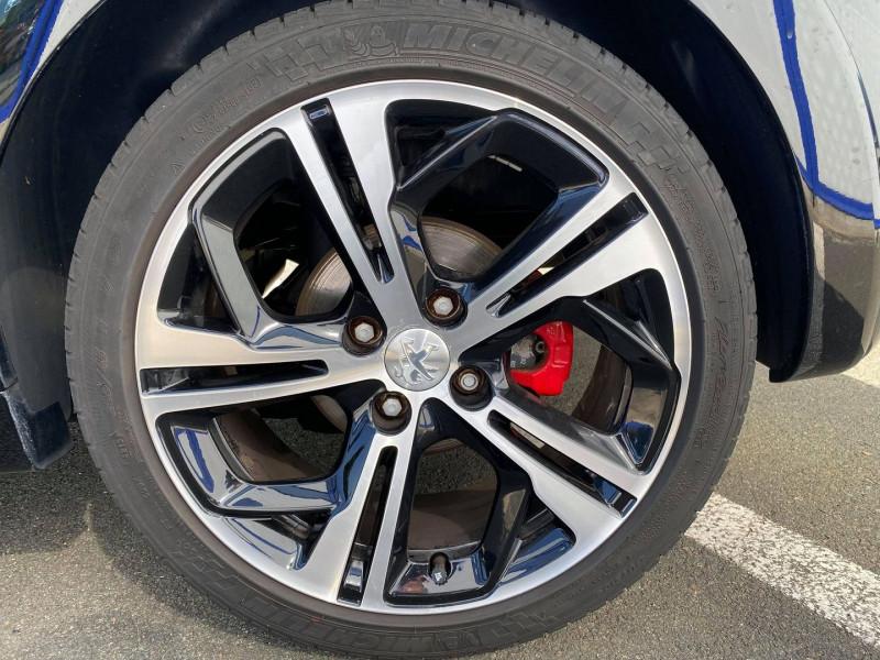 Photo 5 de l'offre de PEUGEOT 208 1.6 THP 200CH GTI 3P à 12990€ chez Carlyss automobiles Vitré