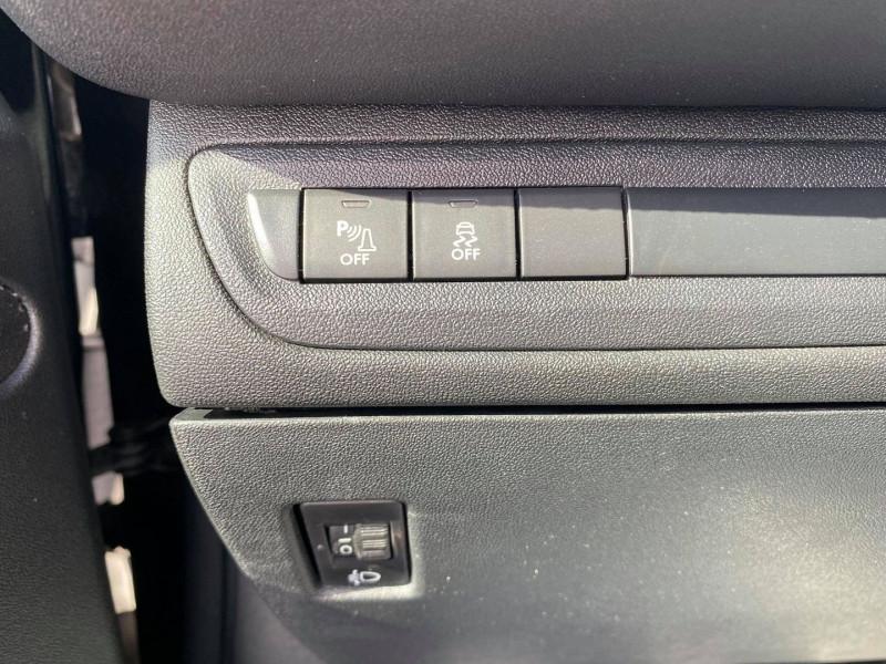 Photo 16 de l'offre de PEUGEOT 208 1.6 THP 200CH GTI 3P à 12990€ chez Carlyss automobiles Vitré