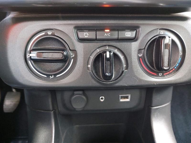 Photo 10 de l'offre de CITROEN C3 PURETECH 82CH FEEL à 9790€ chez Carlyss automobiles Vitré