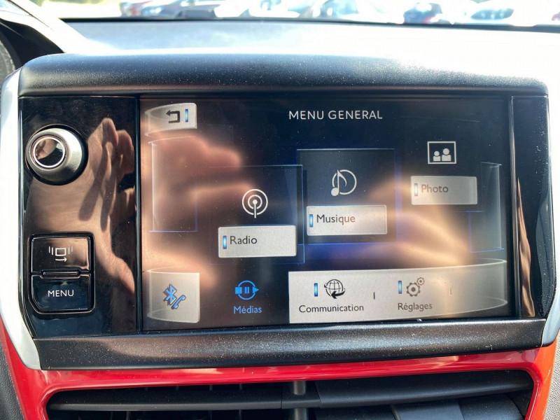 Photo 20 de l'offre de PEUGEOT 208 1.6 THP 200CH GTI 3P à 12990€ chez Carlyss automobiles Vitré