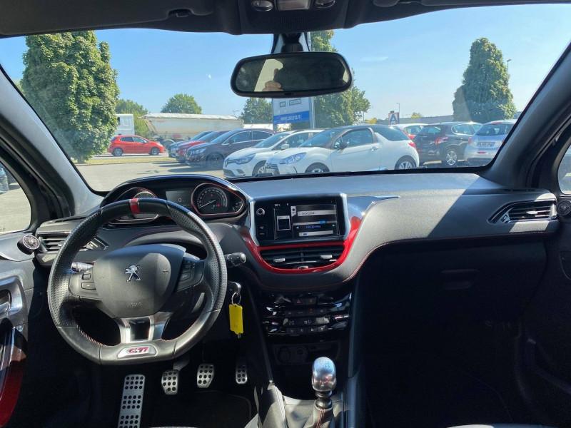 Photo 12 de l'offre de PEUGEOT 208 1.6 THP 200CH GTI 3P à 12990€ chez Carlyss automobiles Vitré