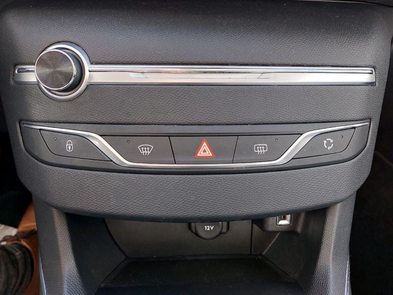Photo 10 de l'offre de PEUGEOT 308 SW 1.5 BLUEHDI 130CH S&S ALLURE à 16990€ chez Carlyss automobiles Vitré