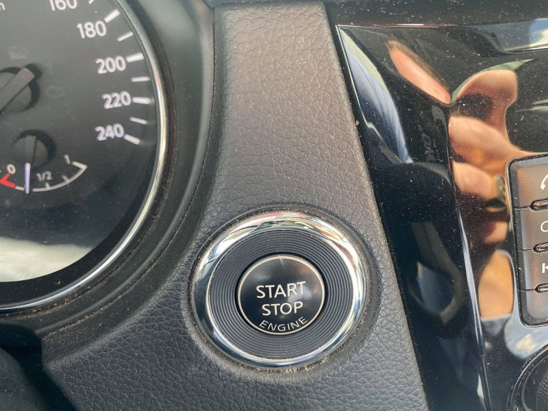 Photo 17 de l'offre de NISSAN QASHQAI 1.5 DCI 110CH CONNECT EDITION EURO6 à 12490€ chez Carlyss automobiles Vitré