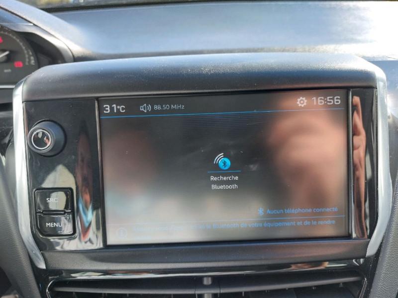 Photo 12 de l'offre de PEUGEOT 208 1.2 PURETECH 82CH ACTIVE 5P à 10990€ chez Carlyss automobiles Vitré