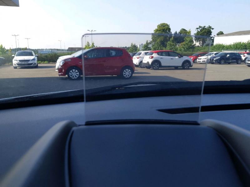 Photo 19 de l'offre de PEUGEOT 3008 1.6 BLUEHDI 120CH ALLURE S&S à 12390€ chez Carlyss automobiles Vitré