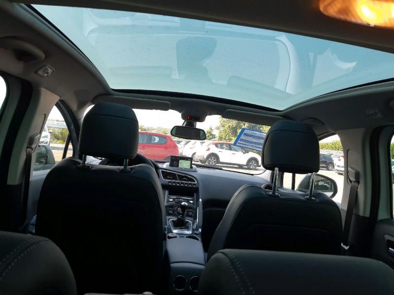 Photo 9 de l'offre de PEUGEOT 3008 1.6 BLUEHDI 120CH ALLURE S&S à 12390€ chez Carlyss automobiles Vitré