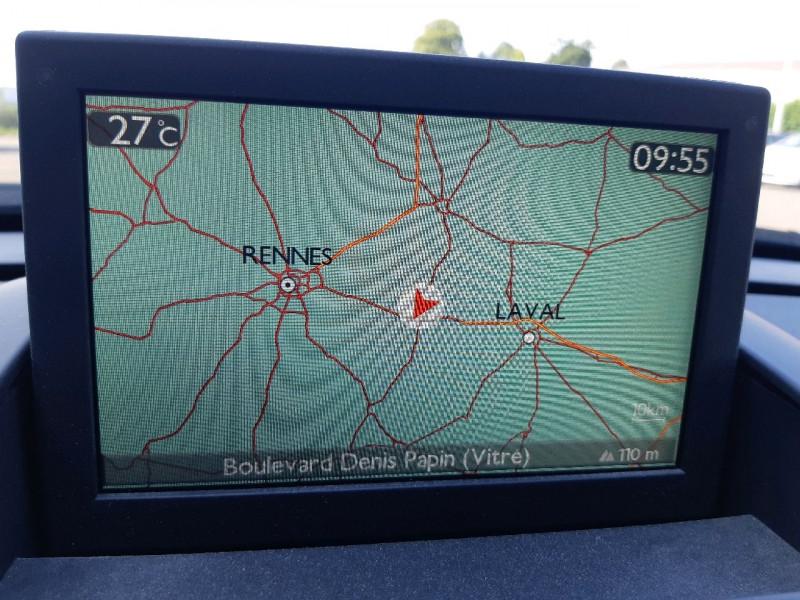 Photo 18 de l'offre de PEUGEOT 3008 1.6 BLUEHDI 120CH ALLURE S&S à 12390€ chez Carlyss automobiles Vitré