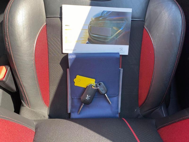 Photo 21 de l'offre de PEUGEOT 208 1.6 THP 200CH GTI 3P à 12990€ chez Carlyss automobiles Vitré