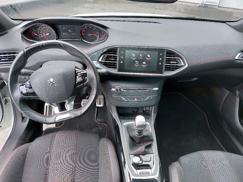 Photo 8 de l'offre de PEUGEOT 308 SW 1.5 BLUEHDI 130CH S&S GT LINE à 16990€ chez Carlyss automobiles Vitré