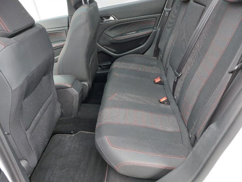 Photo 10 de l'offre de PEUGEOT 308 SW 1.5 BLUEHDI 130CH S&S GT LINE à 16990€ chez Carlyss automobiles Vitré