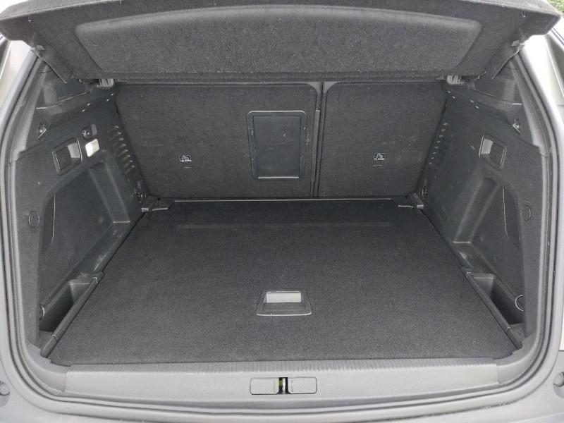 Photo 26 de l'offre de PEUGEOT 3008 2.0 BLUEHDI 150CH GT LINE S&S à 23990€ chez Carlyss automobiles Vitré